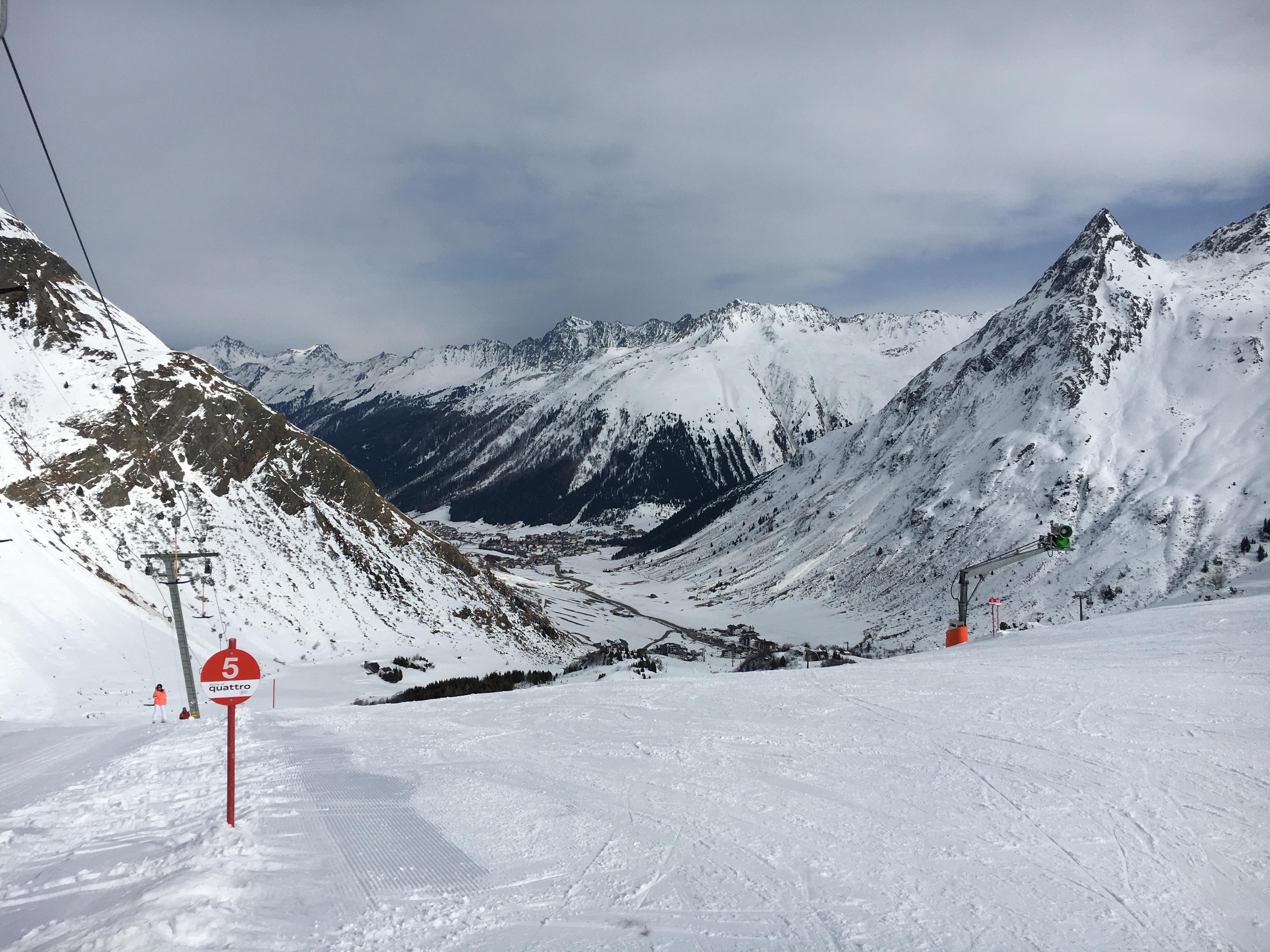 Bis zu 50% Rabatt auf Skiausrüstung bei Skiset