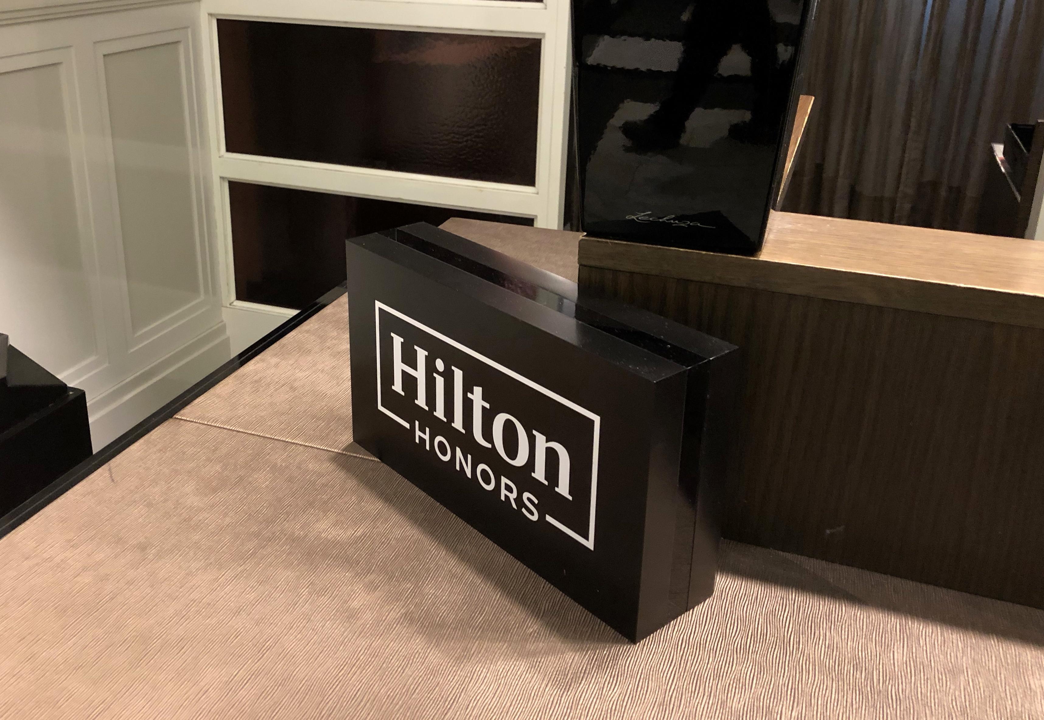 Hilton Honors Status Match mit Chance auf Challenge