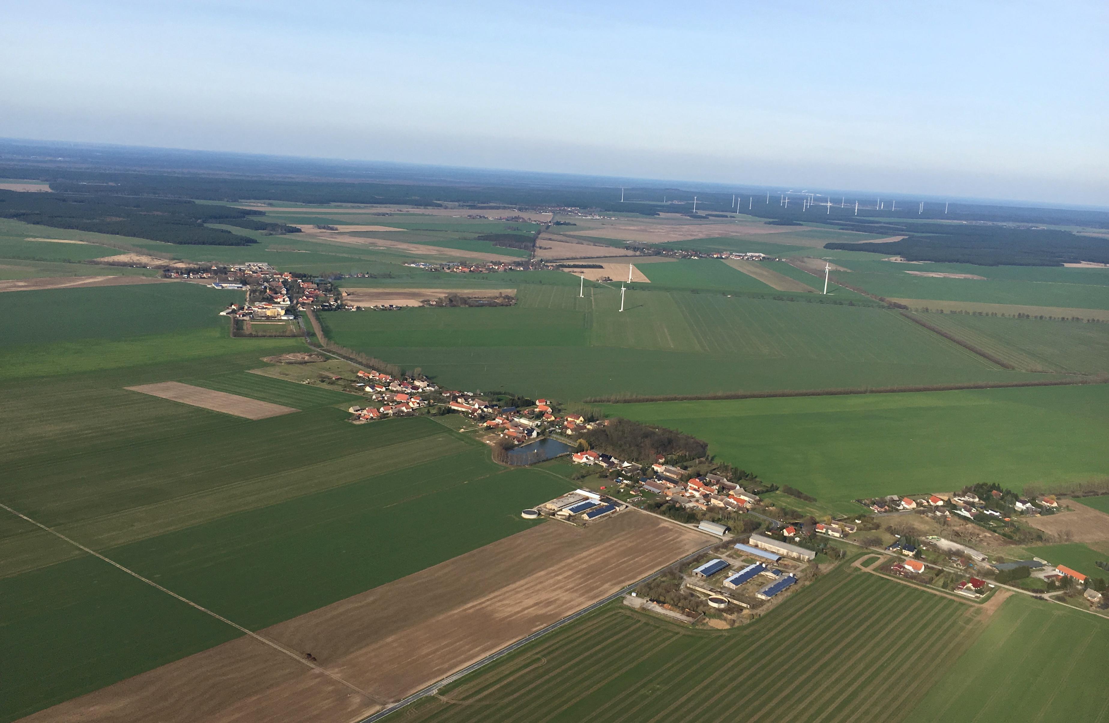 Ural Airlines Notlandung – U6178 landet in Maisfeld